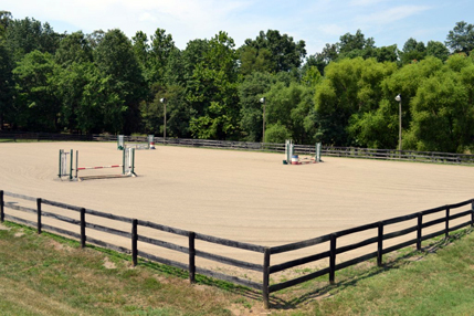 outdoor-horse-arena-northern-va.jpg